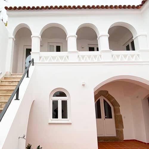 The Noble House Suites & Apartments - Entrada Pátio